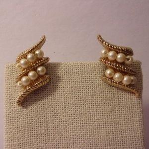 Vintage Napier Pearl Ribbon Pierced Earrings